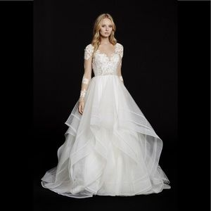 Hayley paige elysia lace and tulle gown 6556